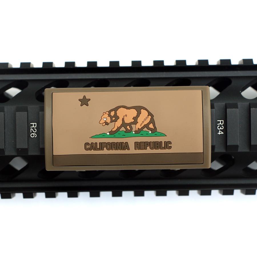California Flag FDE PVC Picatinny Rail Cover- FDE Retainer