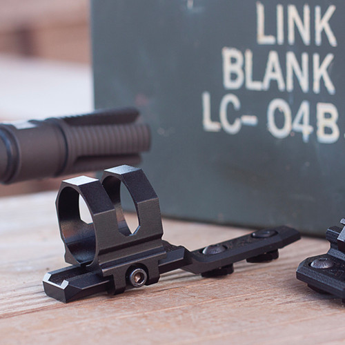 M-LOK CANTILEVER LIGHT MOUNT FOR 30MM LIGHTS