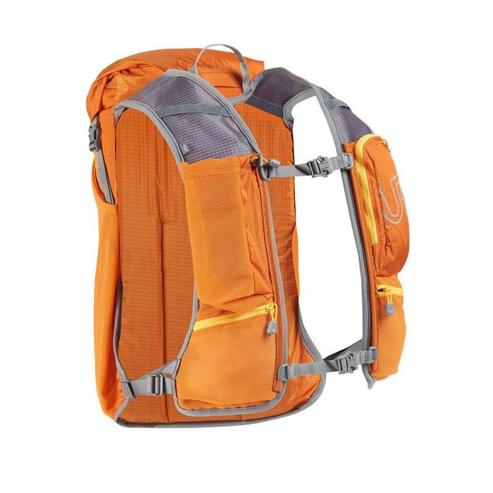 Autumn - Ultimate Direction Fastpack 15 Back