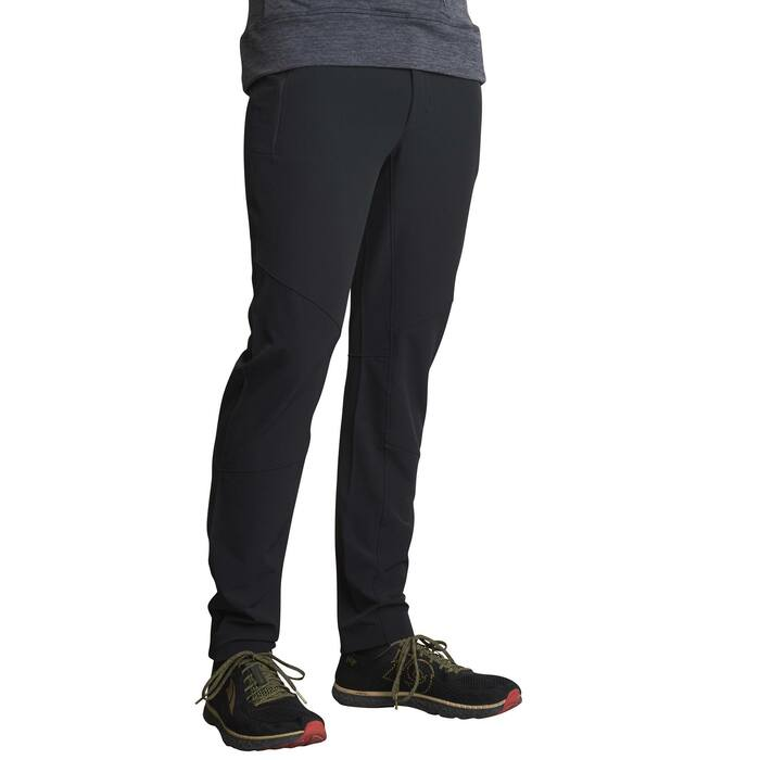 Onyx - Man wearing Ultimate Direction Men's Duro Pant, front view