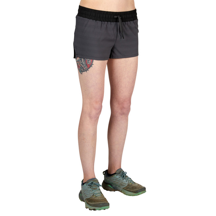 Onyx - Ultimate Direction Women's Stratus Short, front view