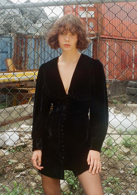 THE MARY JANE in Black Velvet