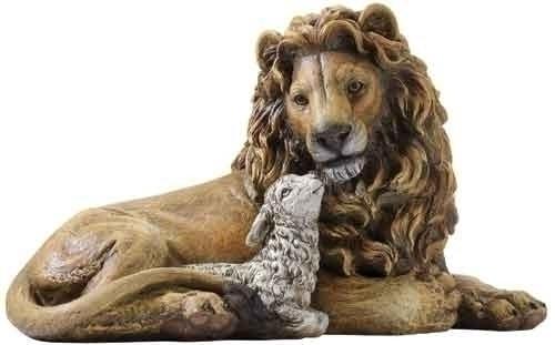 Lion & Lamb Statue