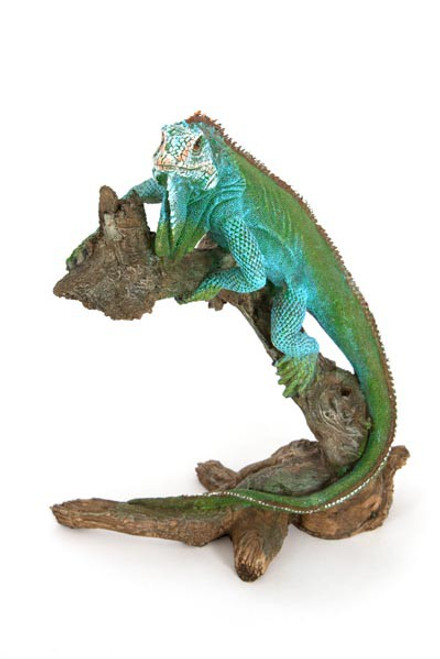 Iguana Climbing Branch Figurine