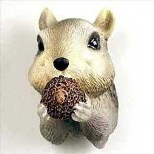 Squirrel, Gray with Acorn Magnet
