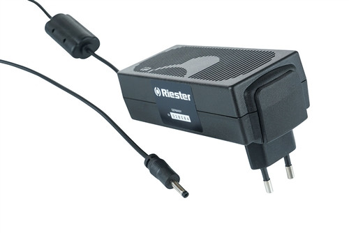 Riester Cell phone style-plug in charger AND lithium-ion battery (#10694)