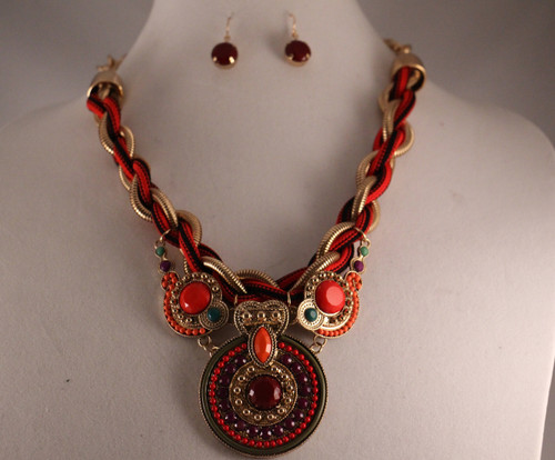 MULTI BRAIDED ROPE ROUND BEADED PENDANT ACCENT NECKLACE SET (Multi Red)