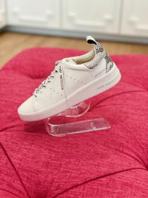 Laila Sneaker