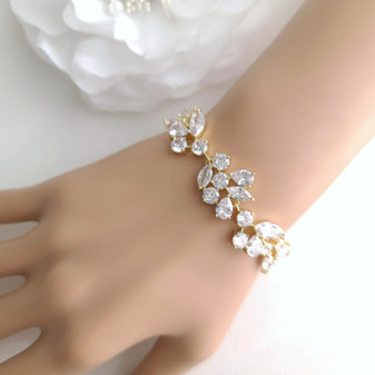 Gold Bracelet for Brides- Nicole