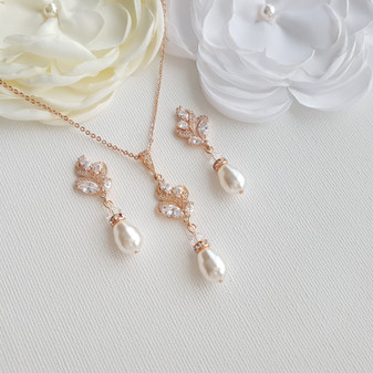 Vintage Style Pearl Jewellery Set for Brides in Rose Gold-Wavy