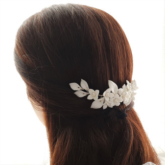 Bridal Flower Hair Comb for Wedding- Snow Drops