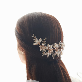 Gold leaves and Flowers Hair Comb-Liana