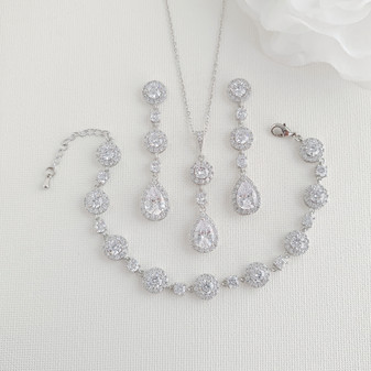 Jewellery Set of Earrings Necklace and Bracelet Silver-Reagan