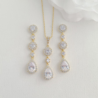Round and Teardrop Earrings Necklace Set in Gold-Reagan