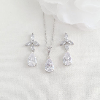Floral Earrings with Necklace for Bridesmaids Jewellery Gift Set-Flora
