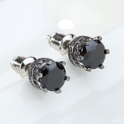 Small Black stud earrings