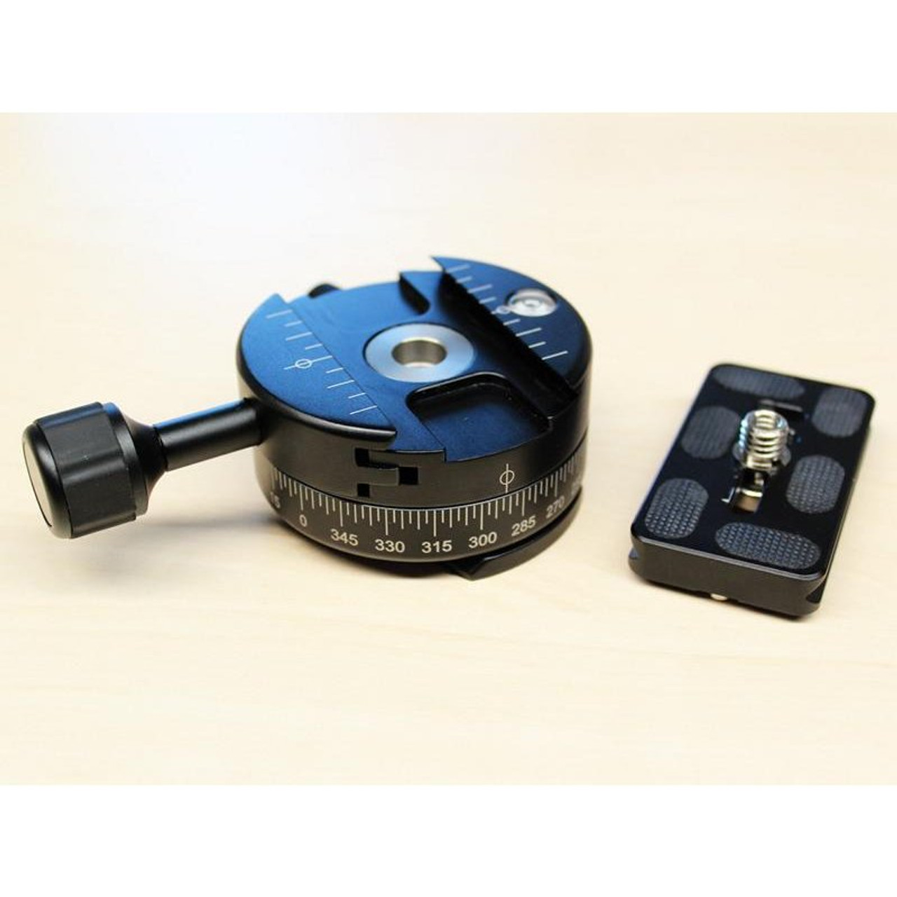Carbon Tripod Quick Release for FARO Focus 3D and Trimble TX5 (UNAVAILABLE UNTIL END OF JULY)