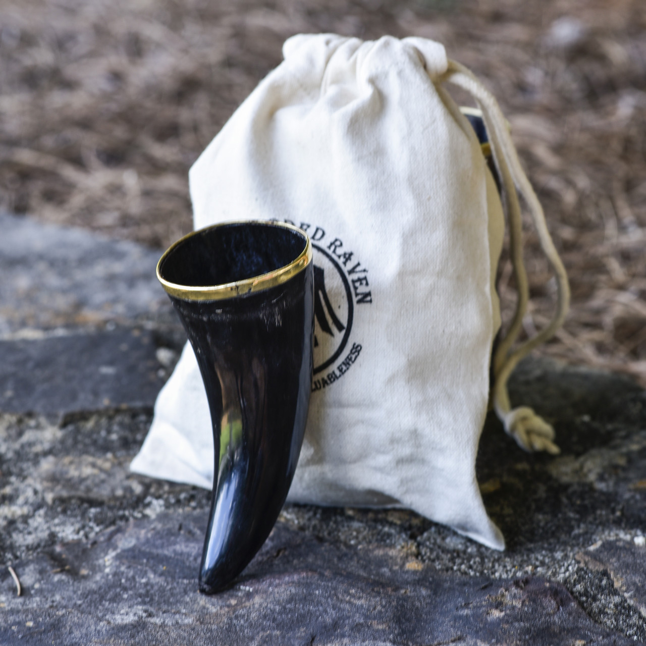 The Hooded Raven 'Ñ¢ 3-Piece Drinking Horn Shot Set Canvas Bag Carrier Included