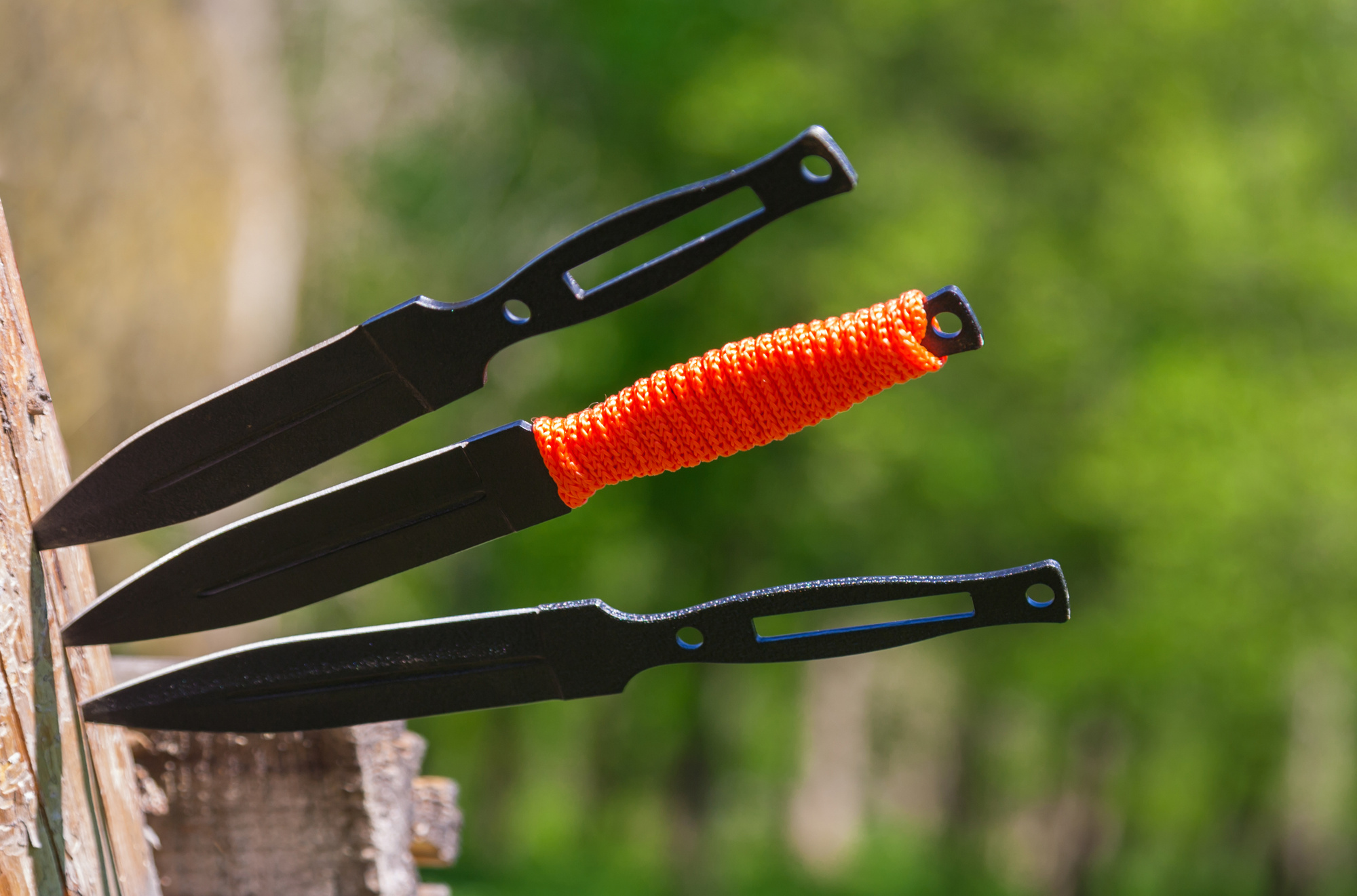 Beginner's Guide to Throwing Knives
