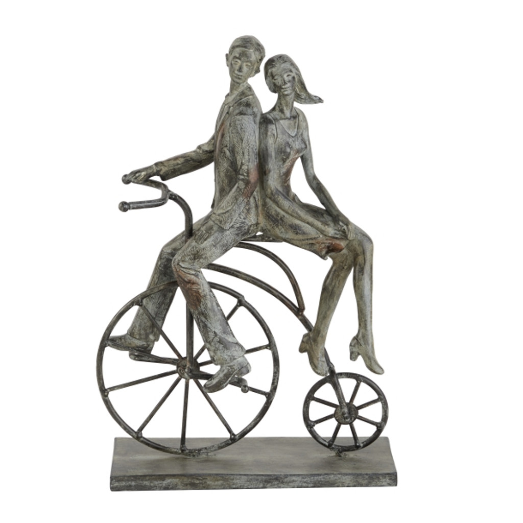 Hitch A Ride Sculpture