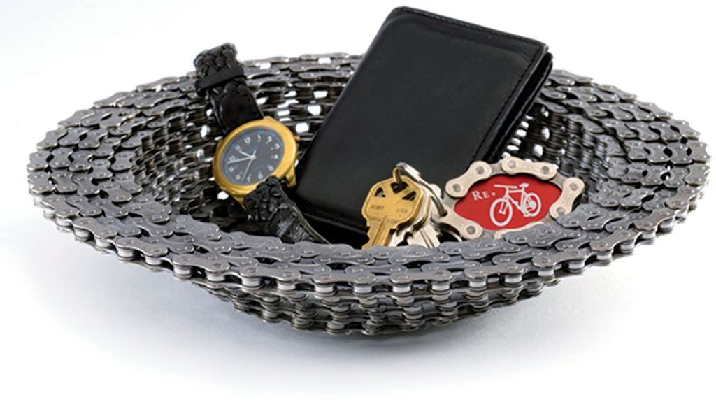 Recycled bicycle chain catch-all bowl