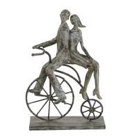 Hitch A Ride Sculpture