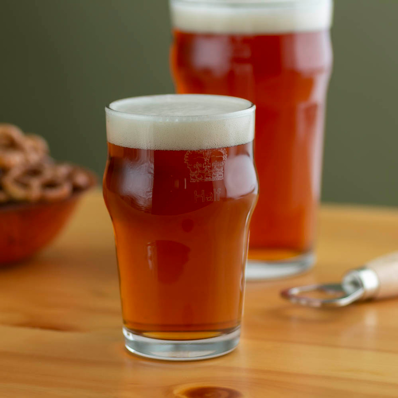 Set of 12 10 oz British Half Pint Beer Glass