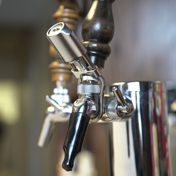 Perlick Wrap Around Beer Faucet Lock on Flow Control Faucet