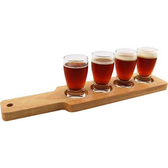 Beer Tasting Serving Set - Wood Paddle & 4 Glasses with Beer