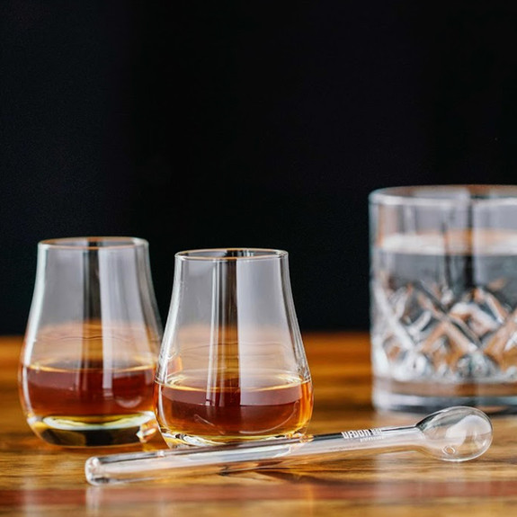 Urban Bar Whiskey Diluting Glass Water Dropper