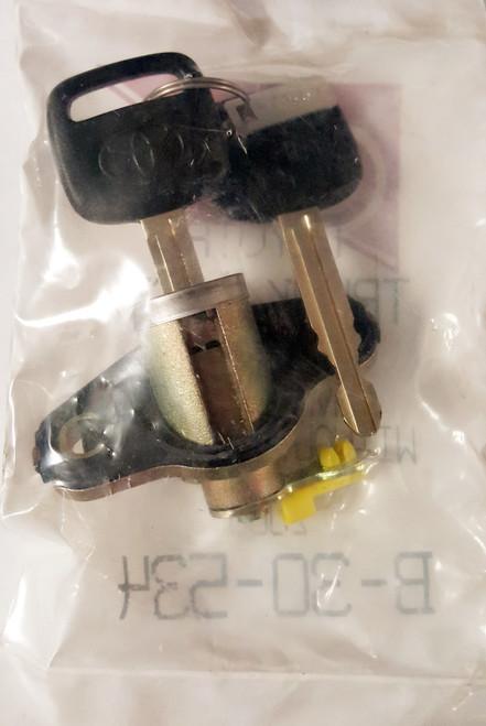 ASP Toyota Avalon XL Trunk Lock 2000 B-30-534