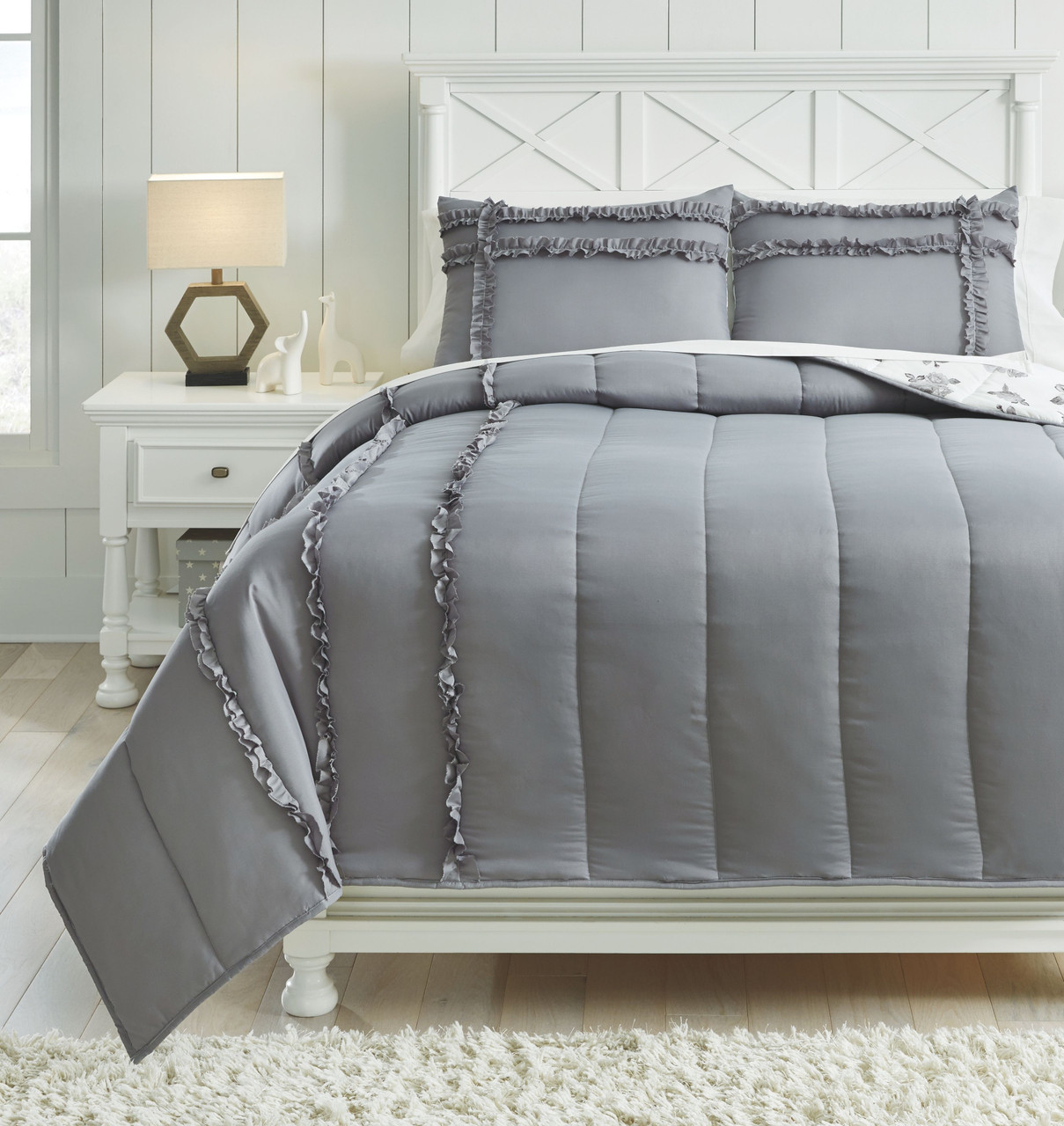 The Meghdad Gray White Full Comforter Set Available At Barnett And Swann In Athens Al