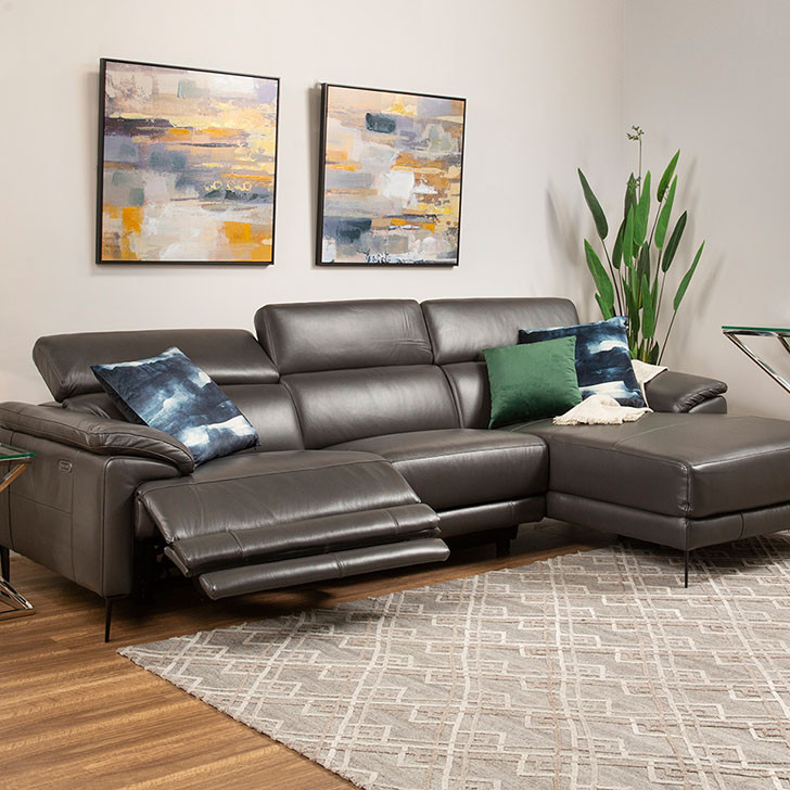 Komo - Leather Lounge