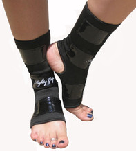 Mighty Grip Ankle Protector for Bare Feet (Medium)