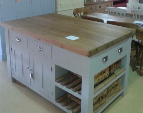 Kitchen Island with slatted shelves