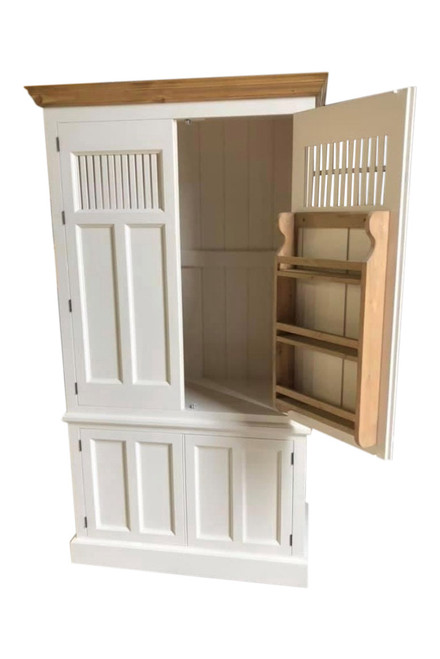 Cambridge Kitchen Larder with vented doors and adjustable shelves provided as standard