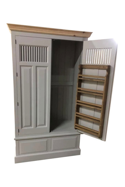Wiltshire Kitchen Larder with large upper cupboard with 2 spice racks as standard with adjustable shelves.
