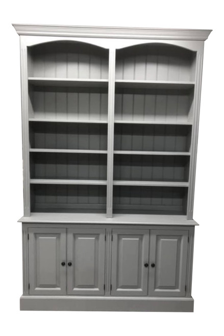 Lower cupboards with adjustable shelves