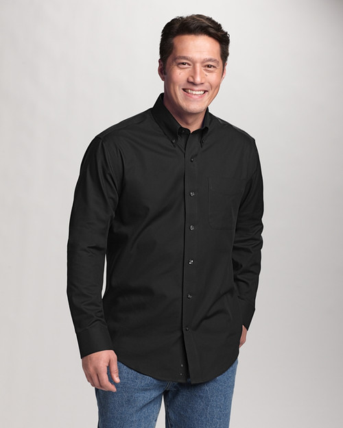 The Big & Tall Easy Care Fine Twill shirt has the rich feel of a cotton blend plus a wrinkle-resistent finish.