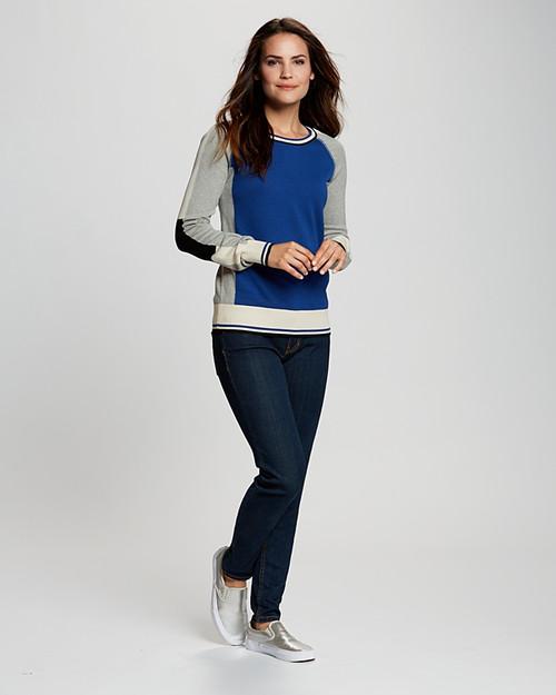 Stride Colorblock Sweater 9