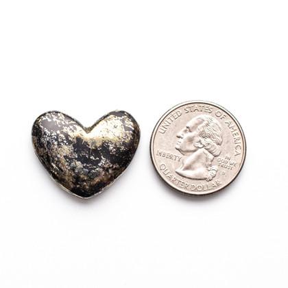 Apache Gold Heart(Jerome, Arizona) 30x22x4mm  APH3b