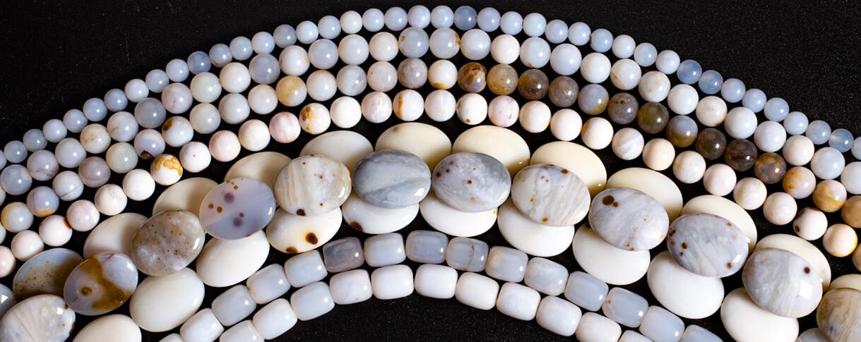 polka dot chalcedony,oregon,beads