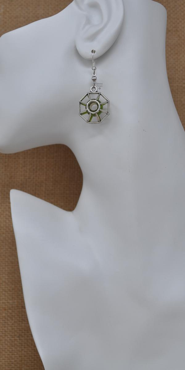 Green Starburst Earrings, by Infinitus Designs