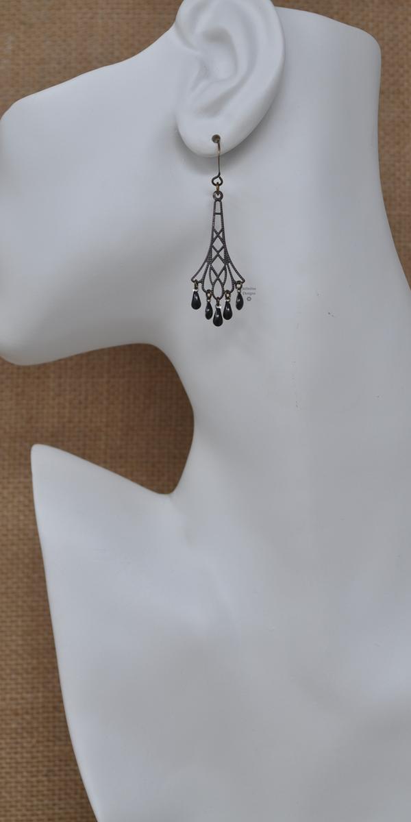 Black Flapper Earrings, by Infinitus Designs