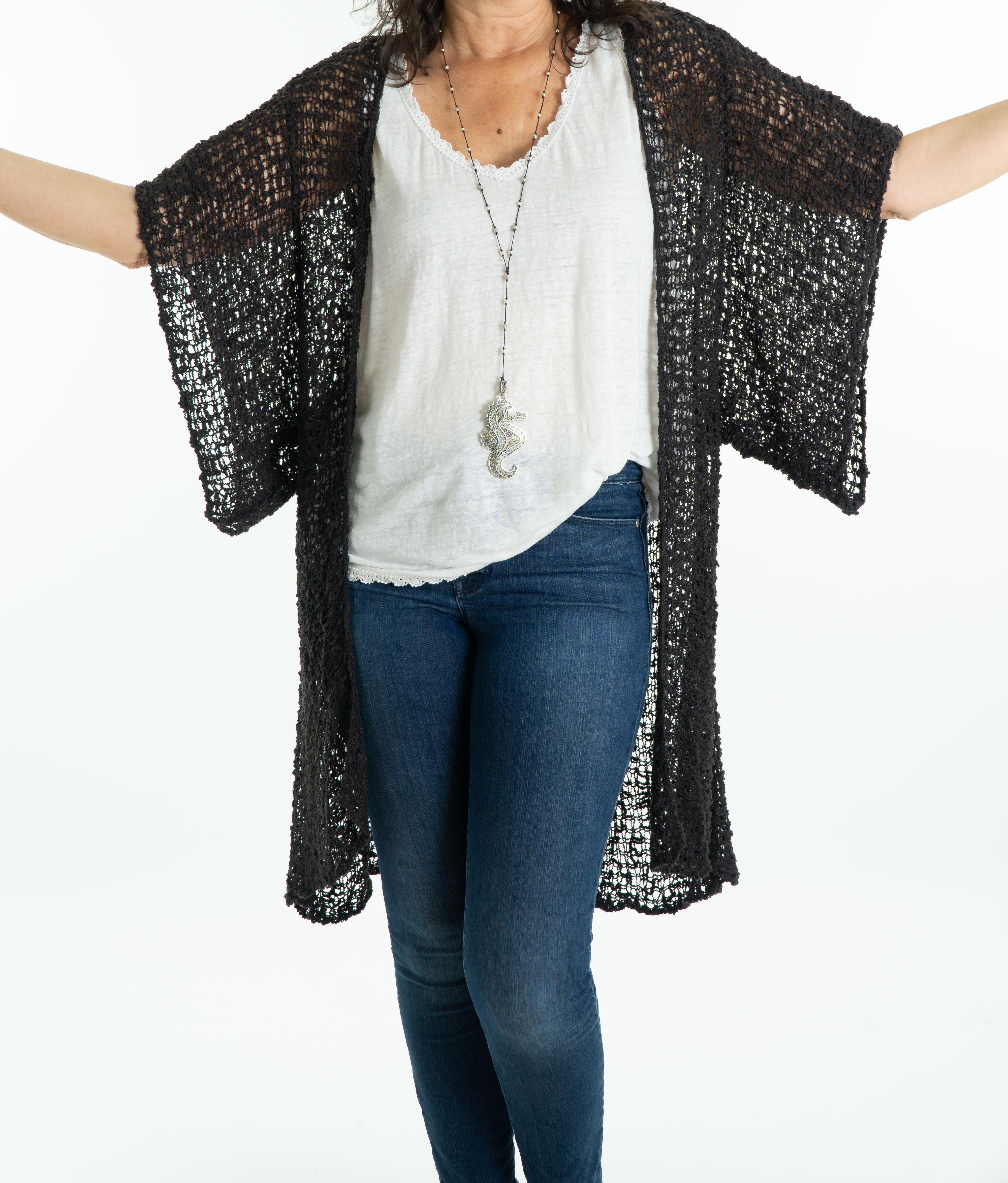 black-flutter-slv-pop-kimono-5-1-.jpg