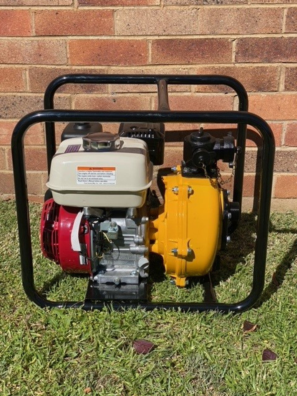 Fire Pump, Ward 6.5 HP Honda GX200 Twin Impeller fire fighting pump with Roll Frame
