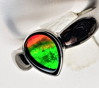 Pear Shaped Sterling Silver Triplet Ammolite Ring with An Ammolite 7x9