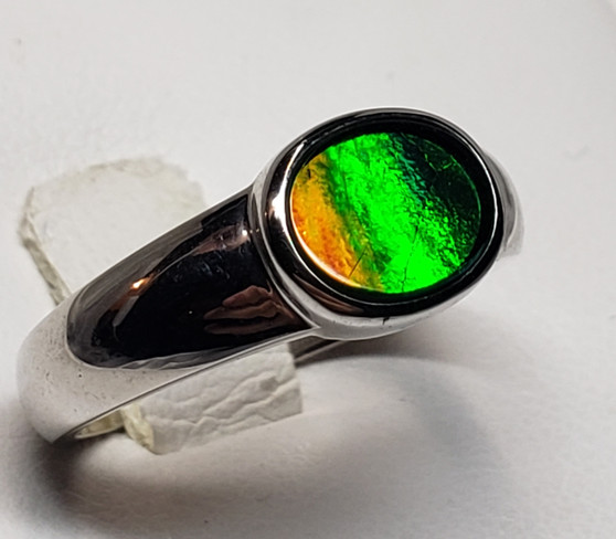 Tailored Sterling Silver Triplet Ammolite Ring with An Oval Ammolite