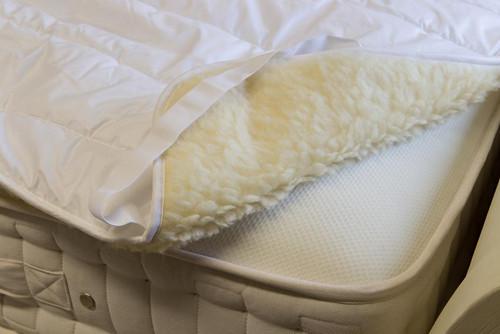 Luxury British Wool Mattress Topper