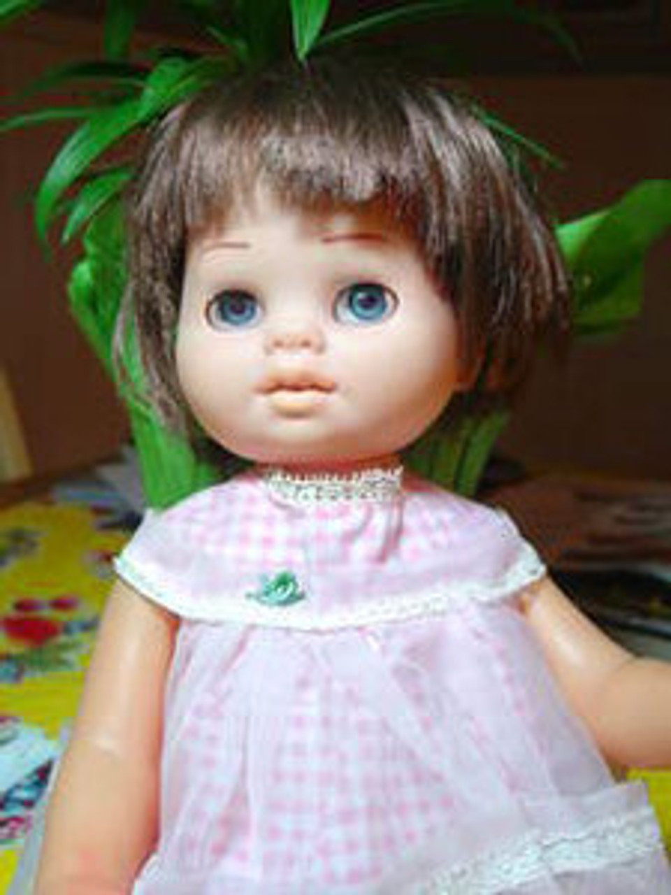 Tiny Chatty Baby Brunette 87 KatSilk Saran Doll Hair